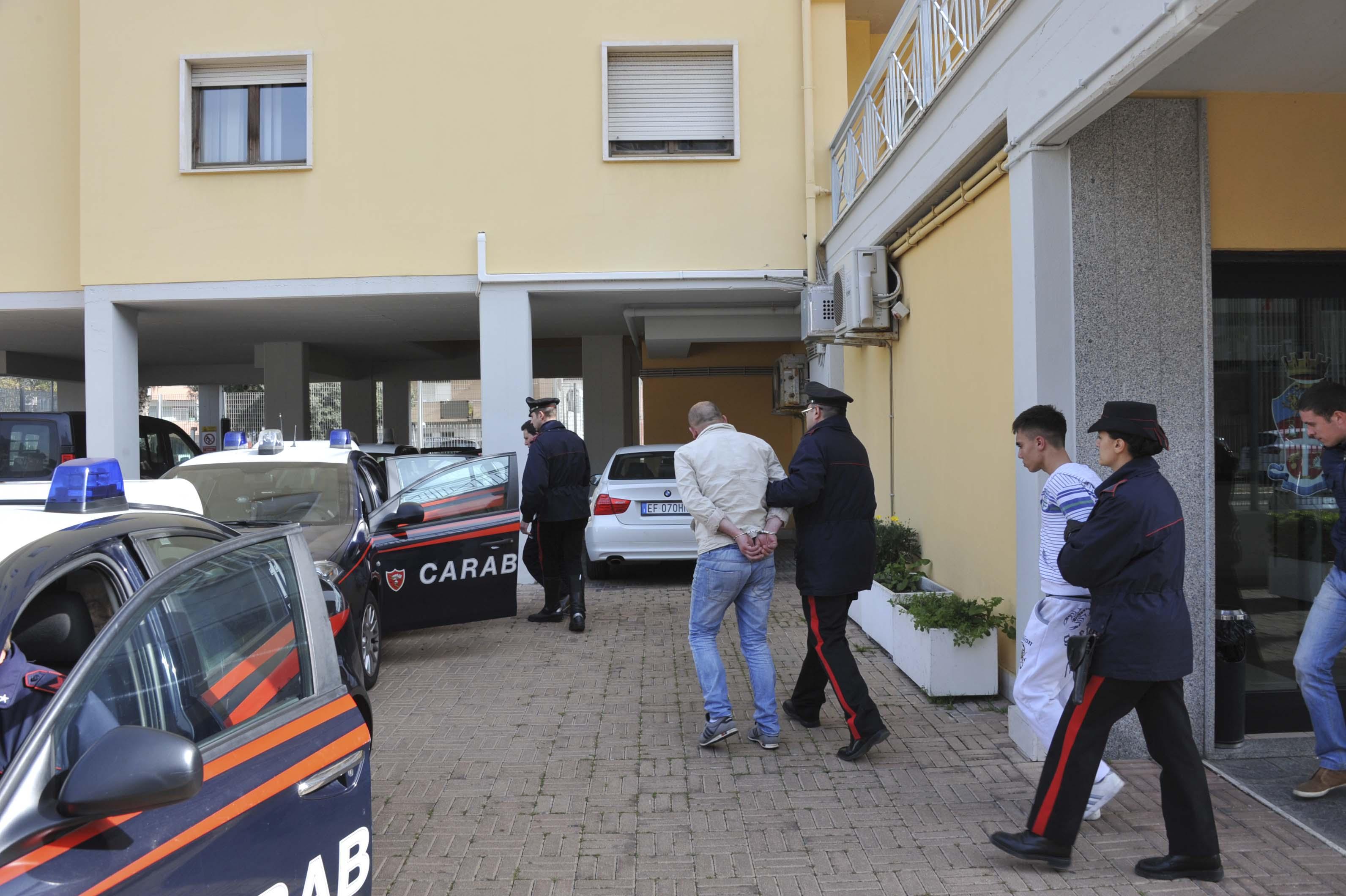 carabinieri arres