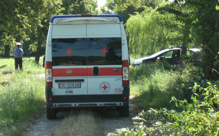 ambulanza-carabinieri-campagna