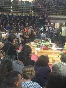 funerali disastro2