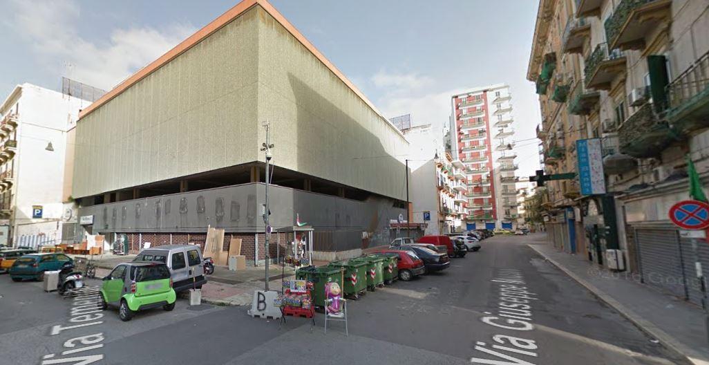 Taranto all 39 ex upim si far un supermercato lidl e un for Nuova apertura grande arredo bari