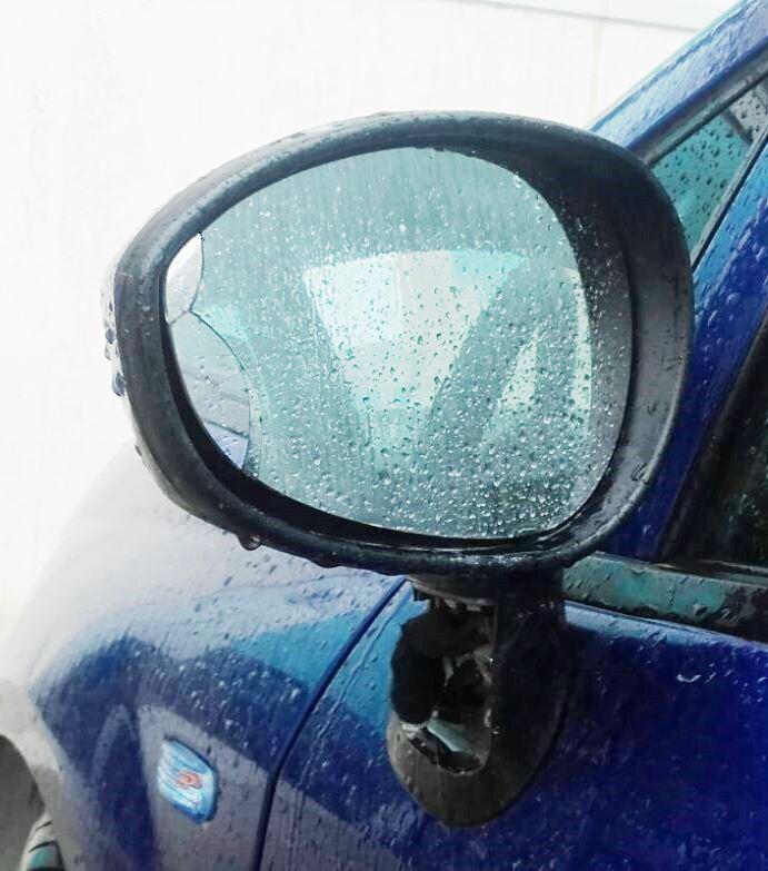 Truffa dello specchietto, la Polizia evita il raggiro all'automobilista