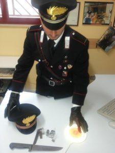 Hashish +coltello + militare