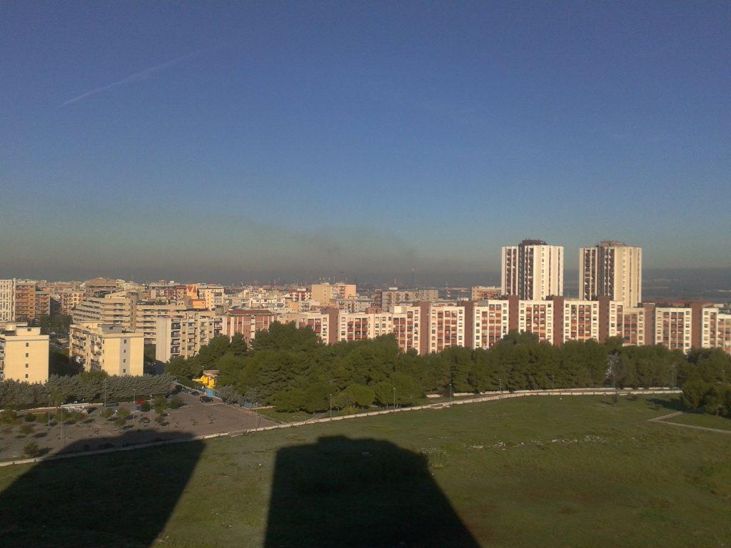Taranto peacelink non aprite le finestre citt investita da aria cancerogena pugliapress - Aprite le finestre ...