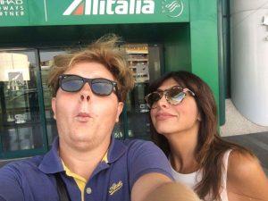 Niki ed Emanuela in aeroporto